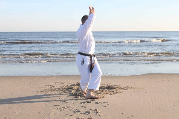 Hiza No Nuki is the key to power and smooth movement